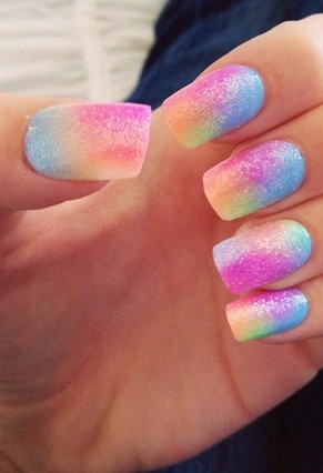 zakat-nails-gradient